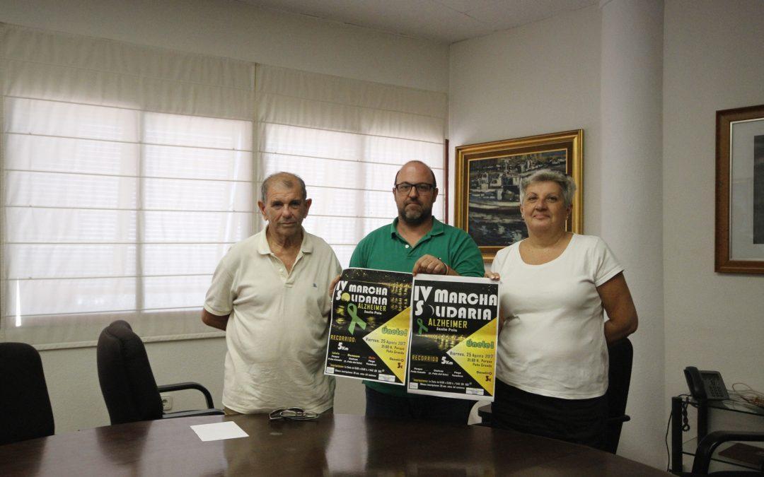 Santa Pola celebra la IV Marcha Solidaria Pro Alzheimer organizada por AFA la noche del viernes 25