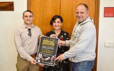 Curso teórico-práctico sobre violencia de género y defensa personal en el polideportivo de Gran Alacant