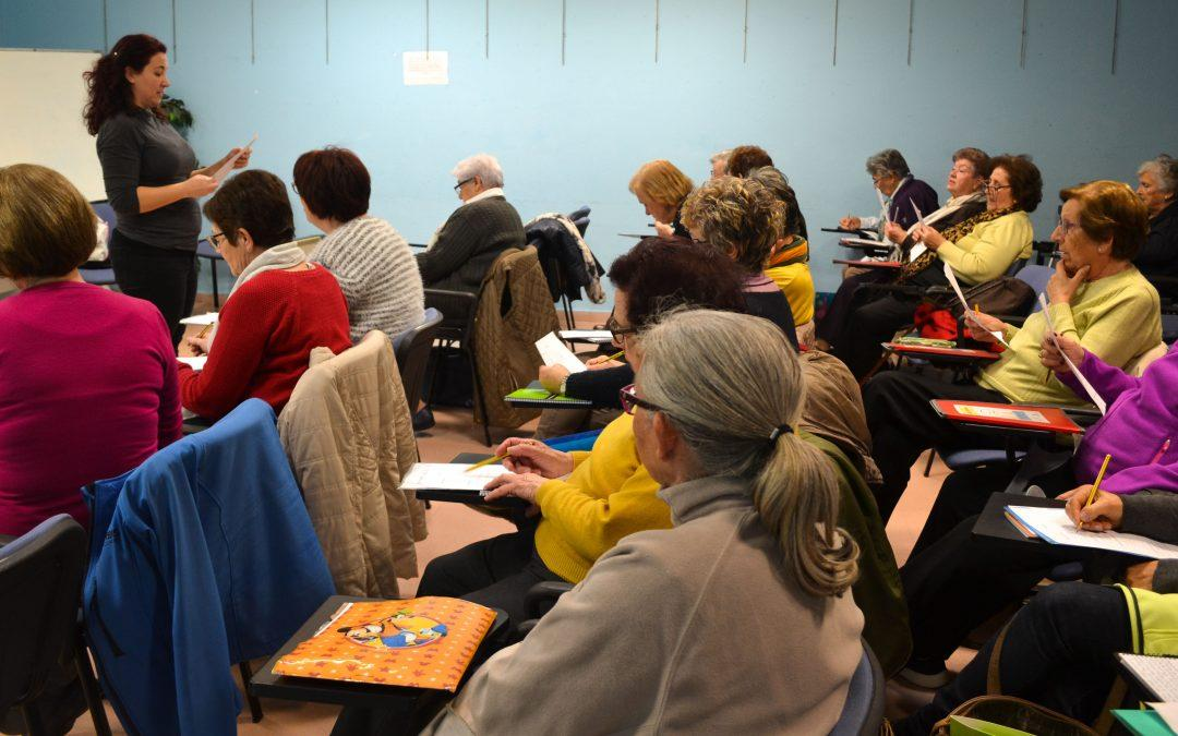 120 personas se benefician de los talleres para estimular la memoria del Departamento de Salud Municipal