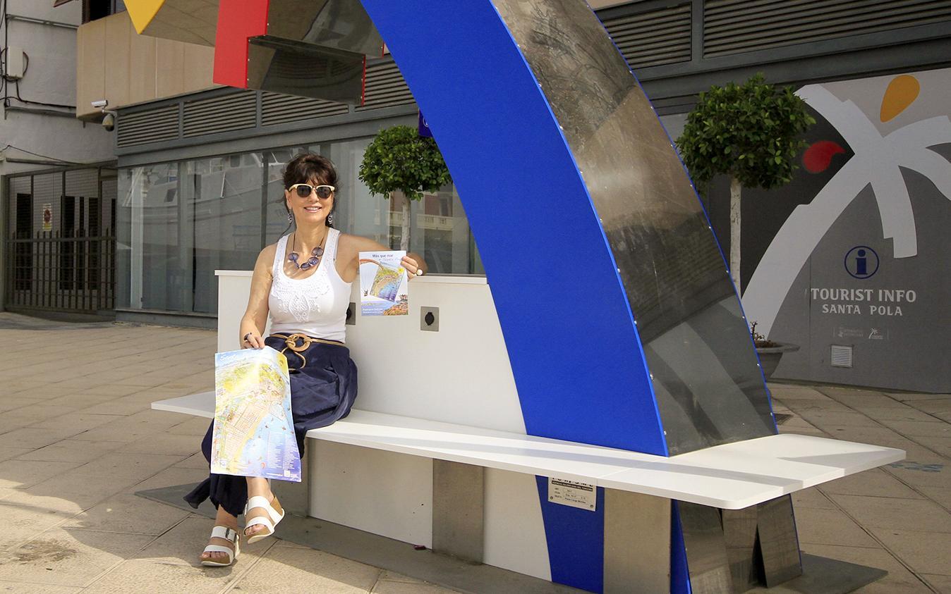 Santa Pola estrena un plano-guía con los principales atractivos turísticos