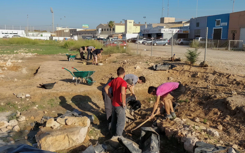 El Ayuntamiento de Santa Pola, junto con la Universidad de Alicante, retoma las excavaciones en el yacimiento «La Picola»