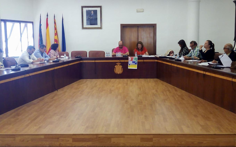 L'Oficina d'Habitatge es reuneix amb les inmobiliàries i constructores per a gestionar la campanya de compra d'habitatges de la Generalitat Valenciana