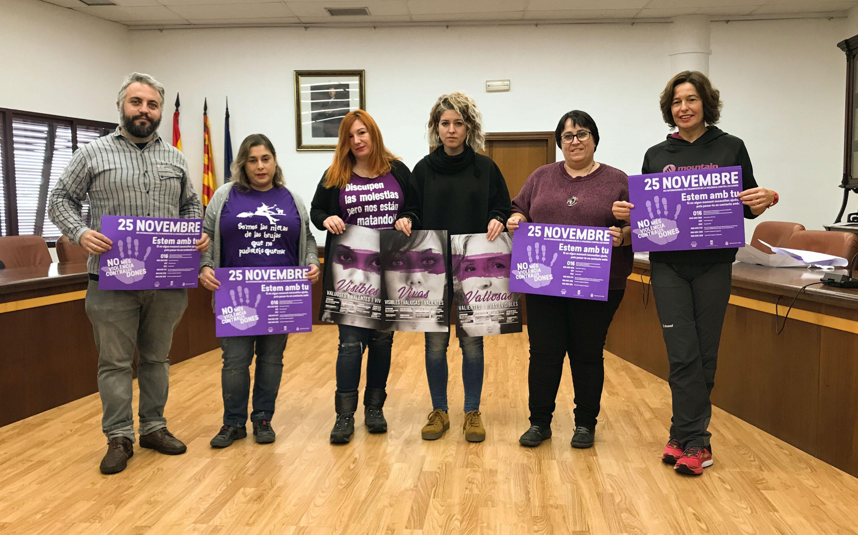 Santa Pola se viste de violeta con la campaña del Día Internacional Por la Eliminación de la Violencia contra la Mujer