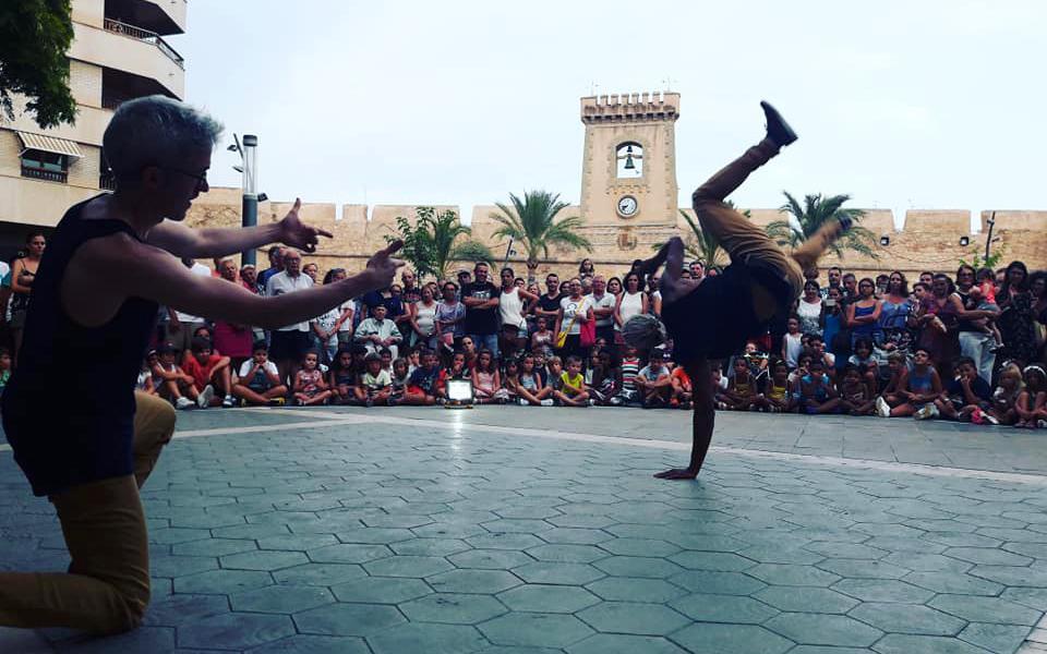 El Ayuntamiento de Santa Pola abre la nueva convocatoria para participar en la nueva edición de Art al Carrer 2019