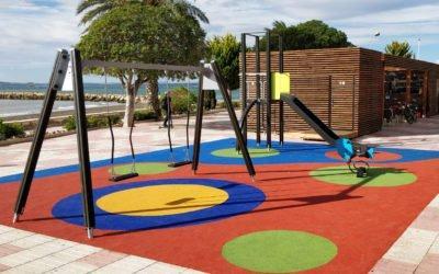 (Castellano) Los Parques Infantiles de Santa Pola presentan este 2019 una nueva imagen tras las obras de remodelación y diseño