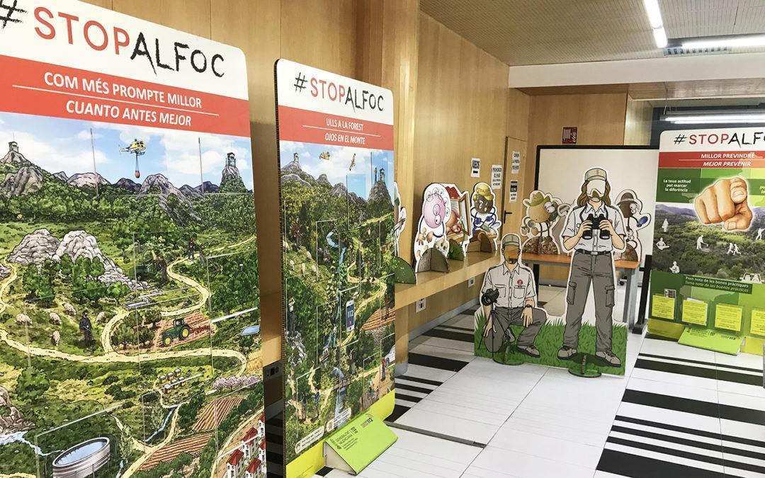 """La exposición temporal """"Stop al foc"""" llega al Ayuntamiento de Santa Pola para concienciarnos sobre la importancia de las buenas prácticas"""