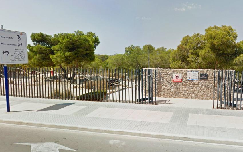 (Castellano) El Parque Municipal Sierra de Santa Pola permanecerá sin iluminación hasta que se reponga el material robado